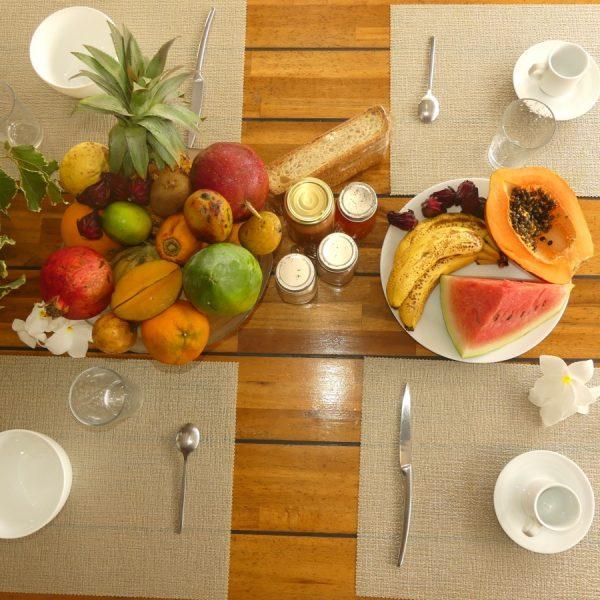 16 fruit et petit dejeune