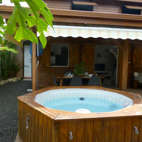 4 jacuzzi coin repas